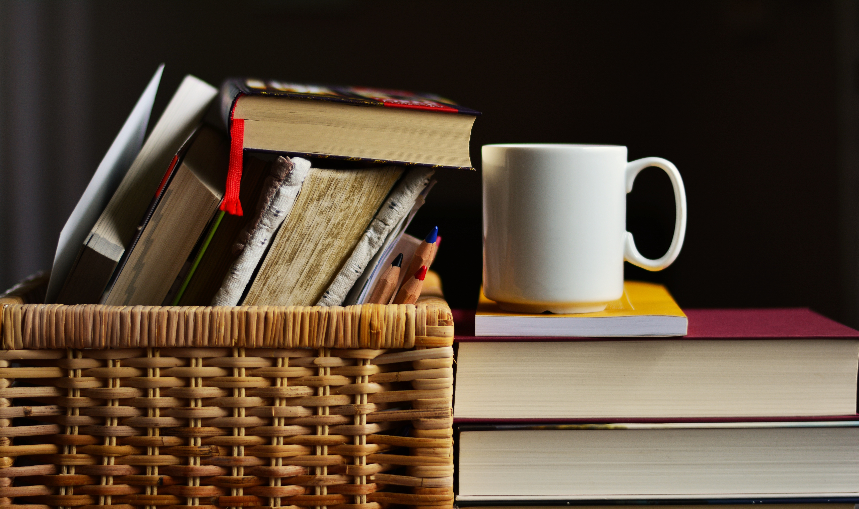 books-2412490.jpg