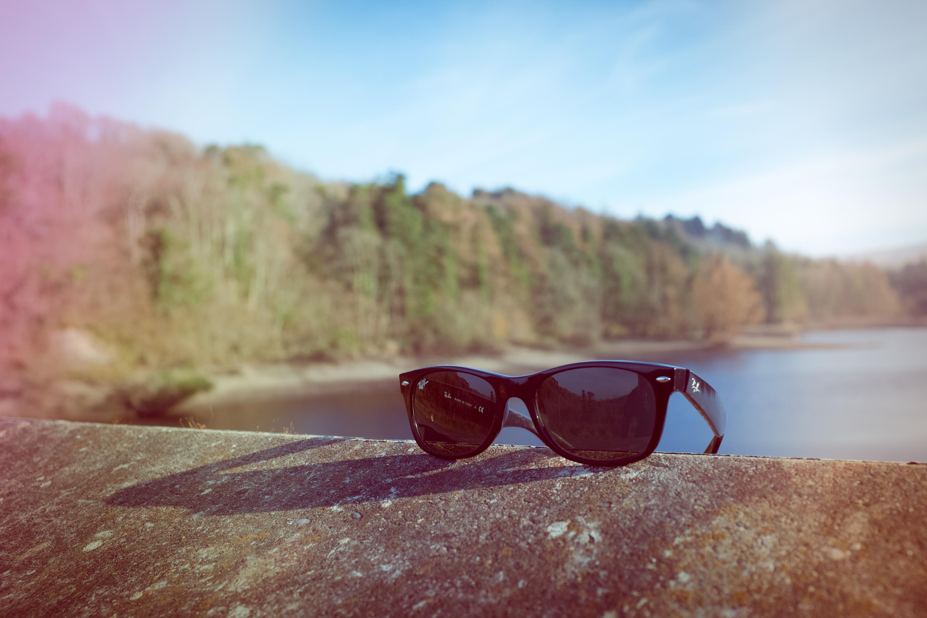 picography-sunglasses-sunlight-haze.jpg